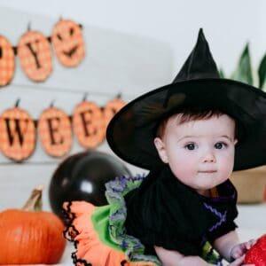 Halloween Baby Classes - Glowing Mummas
